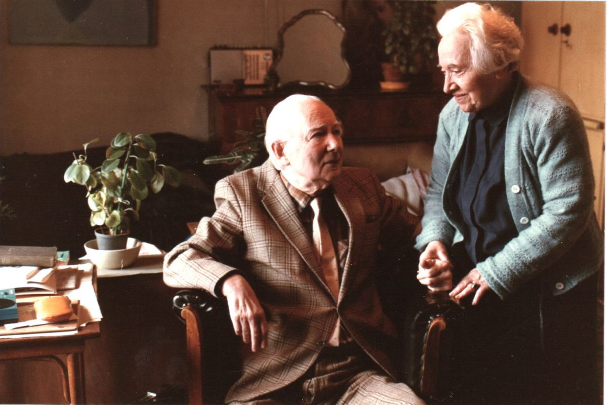 L.T. feleségével, Ibolyával (1906-1992)